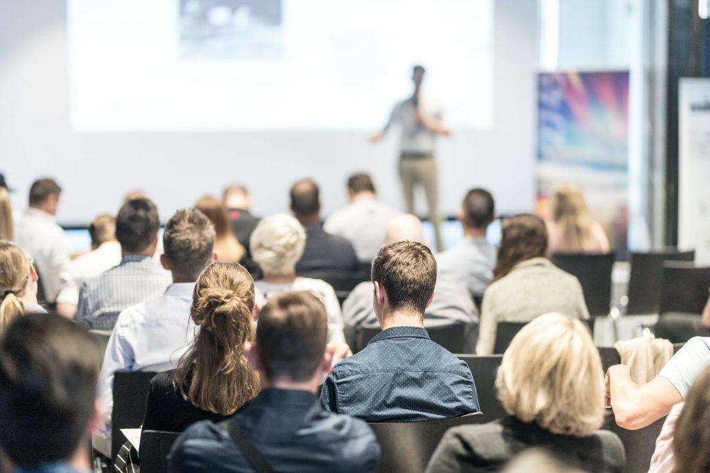 gestion de projet de communication d'entreprise grâce à la rédaction de contenus et à l'événementiel